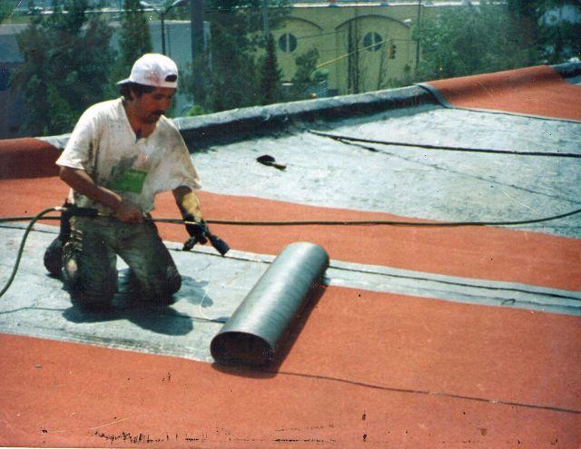 Qui n debe pagar los gastos por la impermeabilizaci n de - Como impermeabilizar una terraza ...